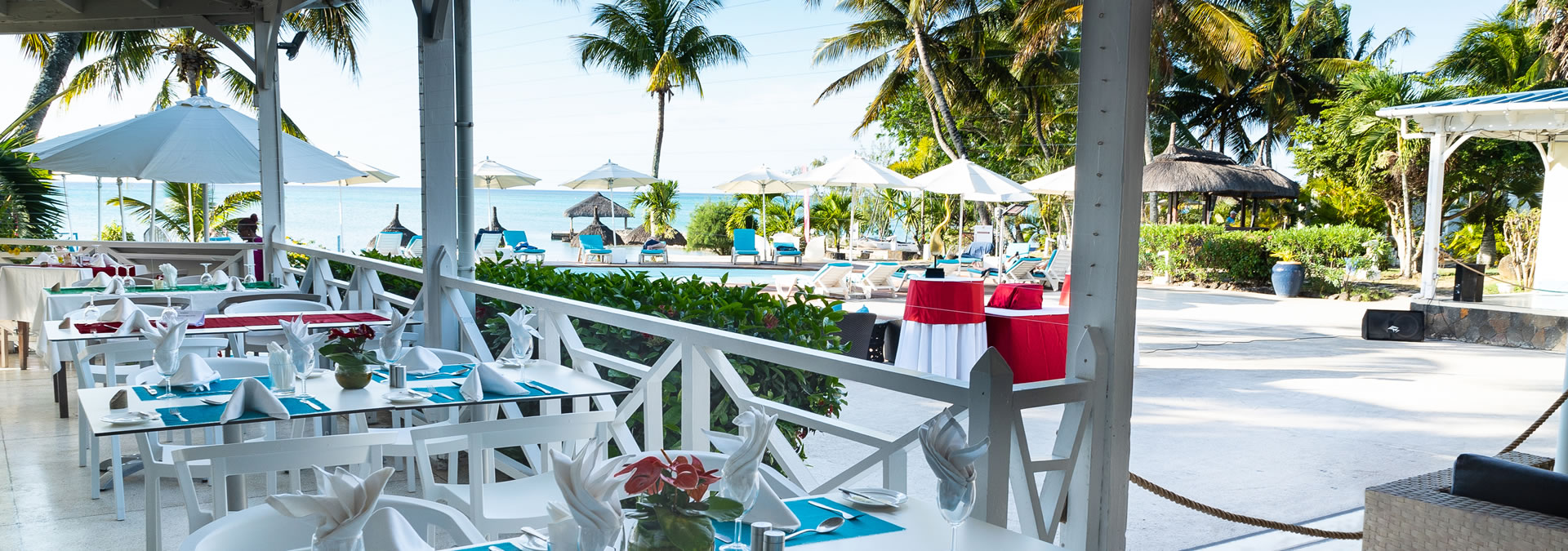 Multi cuisine restaurants in Mont Choisy beach